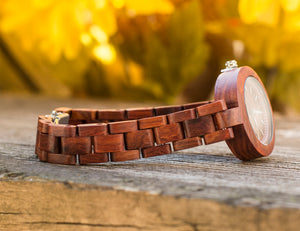 Handcraft Skone Ladies' Analog Stylish Red Wood Watch