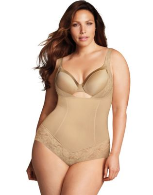 7 Pieces of Plus Size Shapewear You Can't Live Without