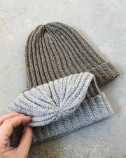 Advent 2018 hat, 2 hats with beautiful decreases at the top