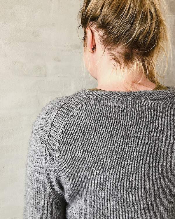Ahhhh mink, lovely and soft grey sweater with lace edge, an Önling knitting pattern and luxury yarn kit