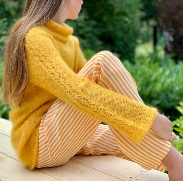 Amsterdam sweater by Yarn Lover i Önling mohair sleeve detail