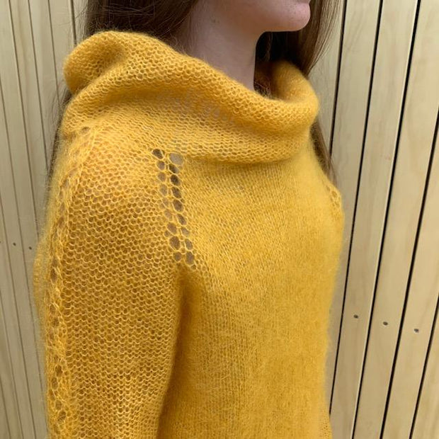 Amsterdam sweater by Yarn Lover i Önling mohair neck detail