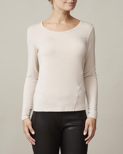 Anastasia plain silver grey/beige t-shirt with long sleeves and round neck, made in modal, the front