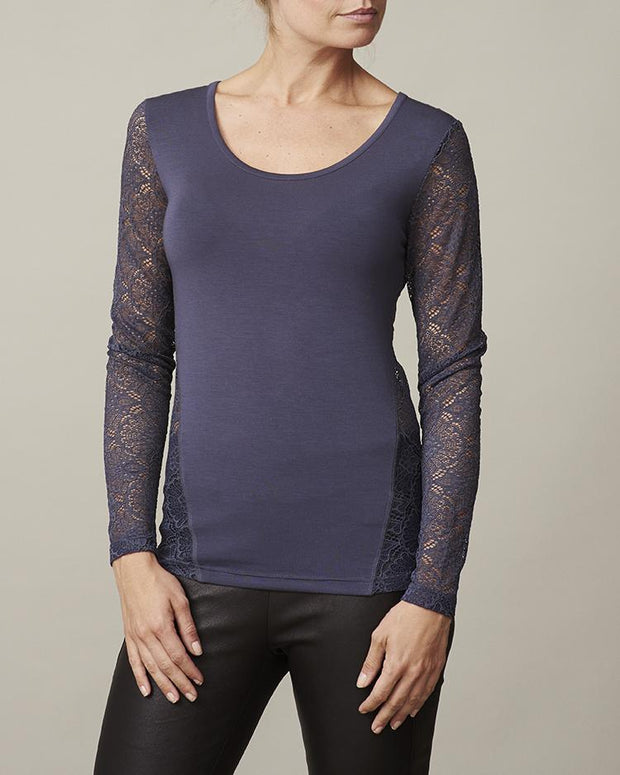 Anastasia dark blue/navy t-shirt with lace on back and sleeves, long sleeves and round neck, made in modal, the front