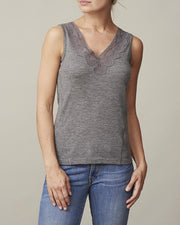 Anna grey tank top with v-neck and lace along the neckline, made in thin and light wool and cashmere, the front