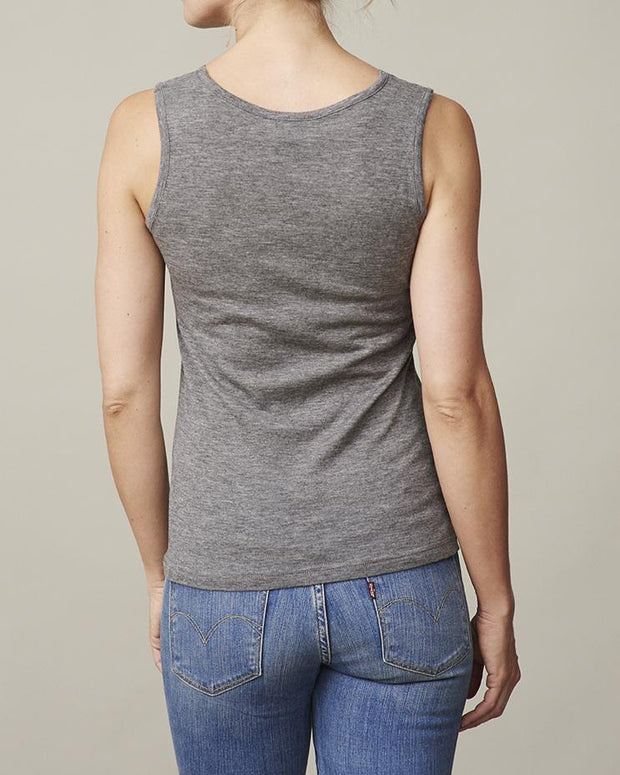 Anna grey tank top with v-neck and lace along the neckline, made in thin and light wool and cashmere, the back