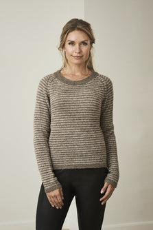 Asta knitted raglan sweater with narrow stripes in brown and beige, made in Isager alpaca