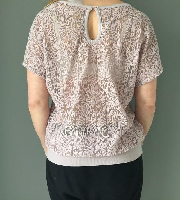 Barbara grey rose/off white top with V-neck, full lace back and elastic band at the bottom, the back