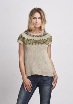 Björk/Bjørk icelandic inspired summer top in light beige with pattern in blue and yellow, made in Isager bomulin