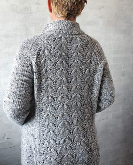 Buster cardigan with lace pattern on back, knit in Isager Aran Tweed - Önling Nordic knitting patterns and yarn