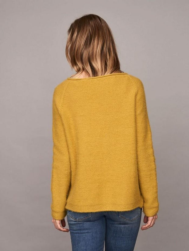 Caroline classic raglan sweater in yellow, made in Önling no 1 merino wool, the back