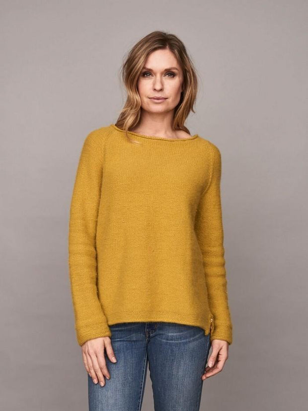Caroline classic raglan sweater in yellow, made in Önling no 1 merino wool, the front