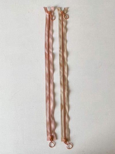 Copper zipper, 50 cm - two-way separator Tilbehør Önling Önling chooses a color that matches my yarn kit