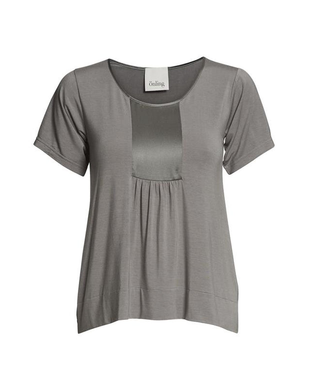 Dea top with silk insert, gray elegant top made of modal with deadstock silk insert in front and sleeves, seen from the front