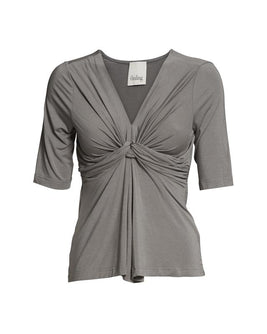 Dea top with knot, elegant gray t-shirt with knot in front and 3/4 length sleeves, made in modal, seen from the front.