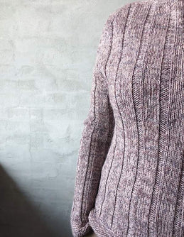 Delia sweater, knit in Isager Merilin and Alpaca 1 - Önling knitting pattern
