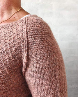 Delia sweater, knit in Isager Spinni and Alpaca 1 - Önling knitting patterns and yarn