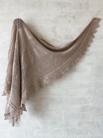 Knitting pattern for Eternal Sunshine shawl, designed by June Thomsen for Yarn Lovers.