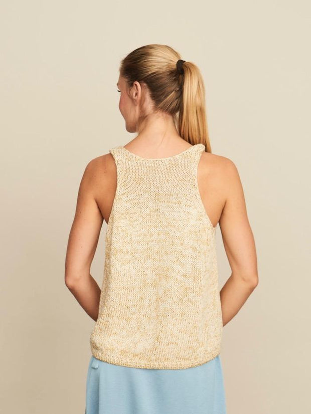 Knitting pattern for for Glitter Summer Tanktop, with GOTS organic cotton and shiny yarn from Krea Deluxe