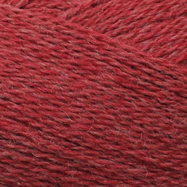 Isager Highland Wool yarn, the color Chili (red), made of 100 % Peruvian Highland Wool.