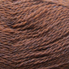 Isager Highland Wool yarn, the color Soil, (brown), made of 100 % Peruvian Highland Wool.