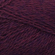 Isager Highland Wool yarn, the color Wine, made of 100 % Peruvian Highland Wool.