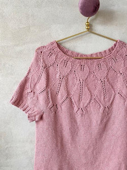Knitting kit for Iris Summer Top with lace pattern in our new Önling No 14, GOTS certified organic cotton and linen.
