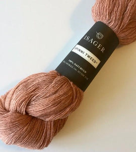 Isager Spinni wool yarn, color 39s peach