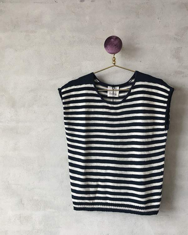 Ohoy striped summer top, summer knit in organic cotton - Önling Nordic knitting patterns and yarn