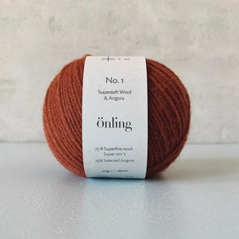 Önling No 1 is sustainable yarn made of merino wool and angora, copper