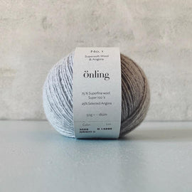 Önling No 1 is sustainable yarn made of merino wool and angora, light grey