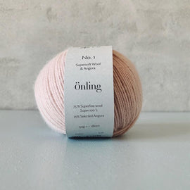 Önling No 1 is sustainable yarn made of merino wool and angora, light pink