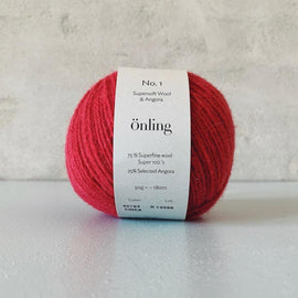 Önling No 1 is sustainable yarn made of merino wool and angora, pink