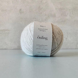 Önling No 1 is sustainable yarn made of merino wool and angora, very light grey