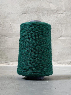 Bottle green Önling No 12 everyday yarn, wool and cotton - Önling Nordic knitting patterns and yarn