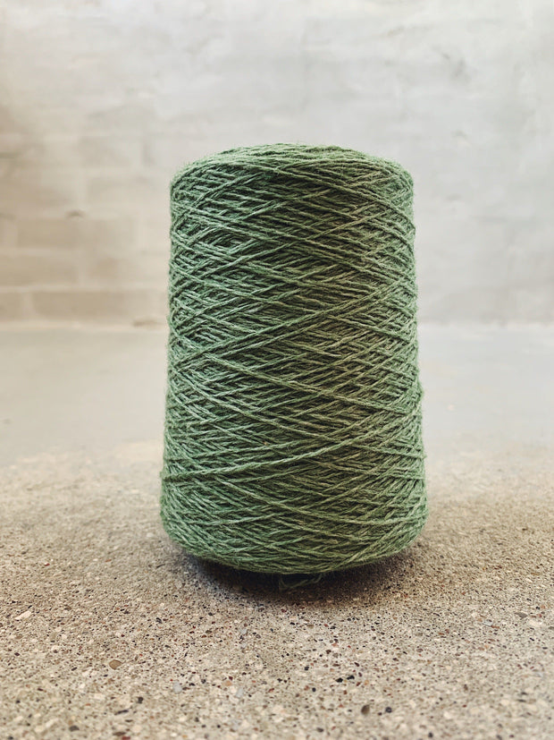 Light green Önling No 12 everyday yarn, wool and cotton - Önling Nordic knitting patterns and yarn