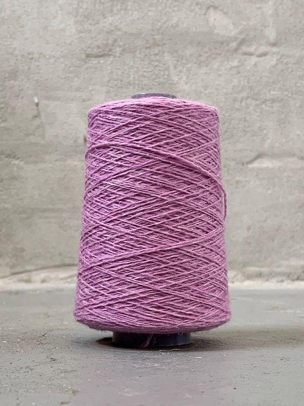 Pink Önling No 12 everyday yarn, wool and cotton - Önling Nordic knitting patterns and yarn