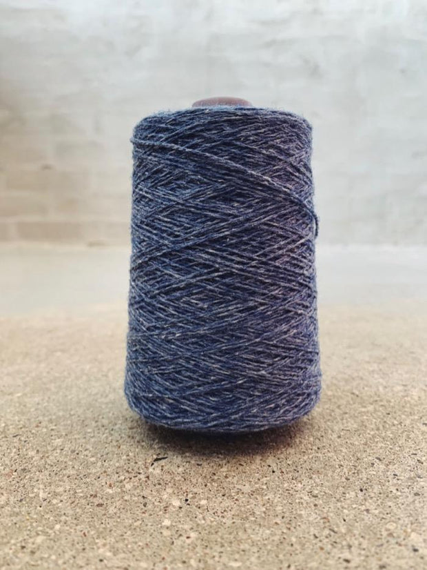 Blue-grey Önling No 12 everyday yarn, wool and cotton - Önling Nordic knitting patterns and yarn