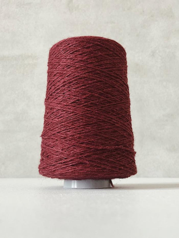 Wine red Önling No 12 everyday yarn, wool and cotton - Önling Nordic knitting patterns and yarn