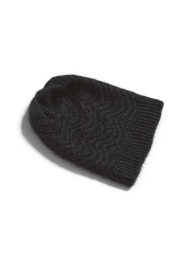 peacock hat with lace pattern, knitted in önling no 3 mink and cashmere yarn, black