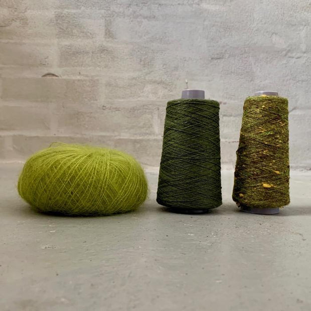 Yarn kit for silk mohair sweater in önling no 6 og 7 and silk mohair, light green