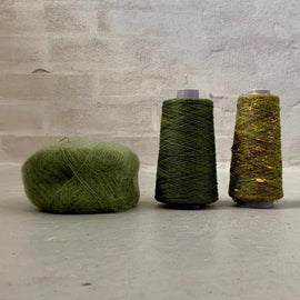 Yarn kit for silk mohair sweater in önling no 6 og 7 and silk mohair, dark green