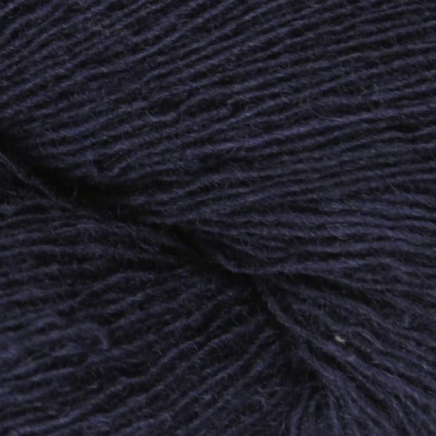 Isager Spinni 100% wool, color no 100, navy blue