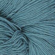 Isager Spinni 100% wool, color no 26, blue