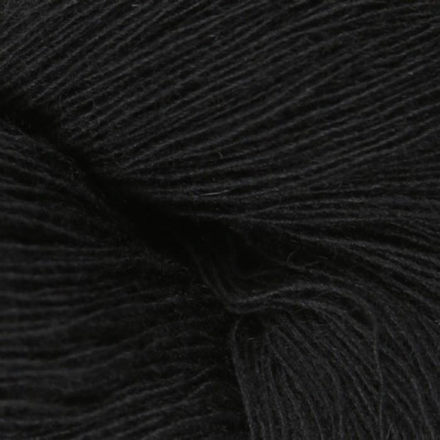 Isager Spinni 100% wool, color no 30, black