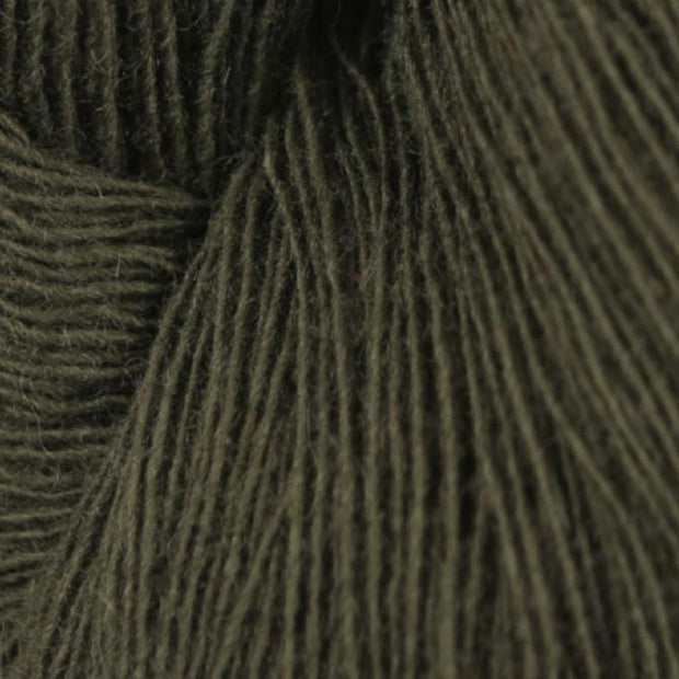 Isager Spinni yarn 100% wool, color no 4 army green
