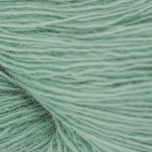 Isager Spinni 100% wool, color no 46 mint green