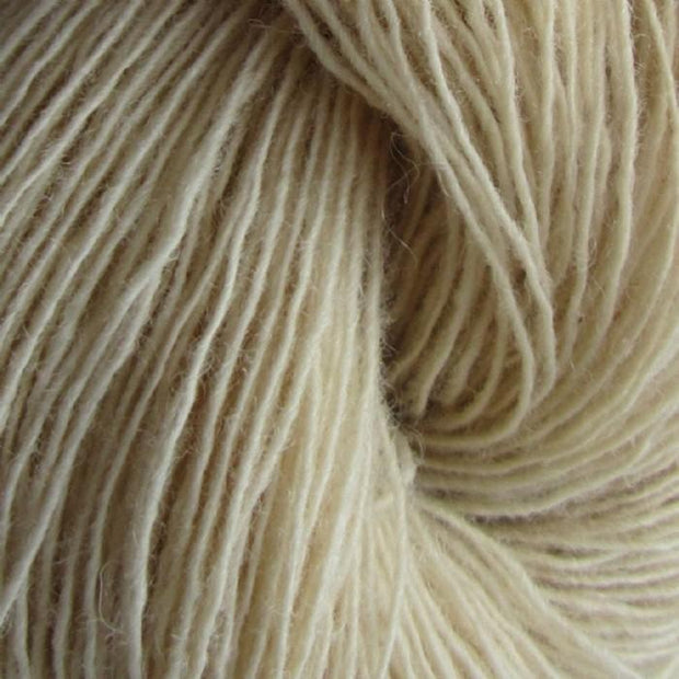 Isager Spinni 100% wool, color no 58 off-white