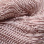 Isager Spinni 100% wool, color no 61, light rose