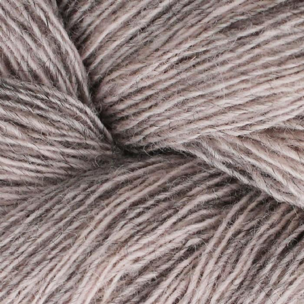 Isager Spinni 100% wool, color no 61s, light rose